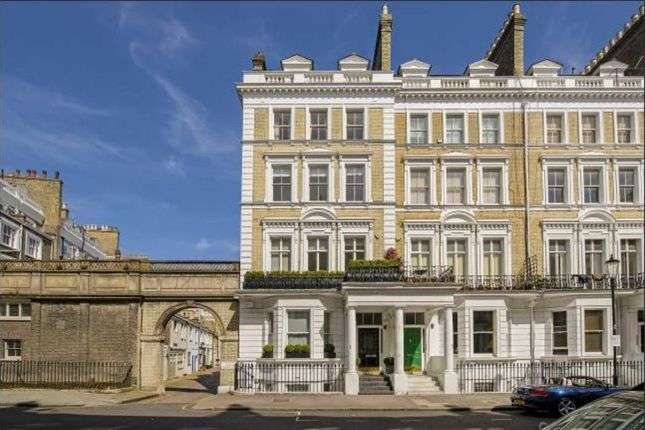 2 bed flat for sale in Cranley Gardens, London