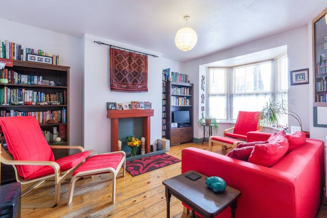 Thumbnail Flat for sale in Ainsley Street, Bethnal Green, London