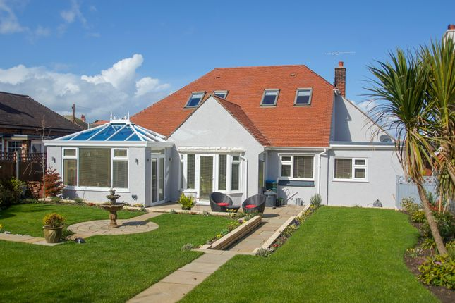 Thumbnail Bungalow for sale in Holbeck Road, Rhos On Sea