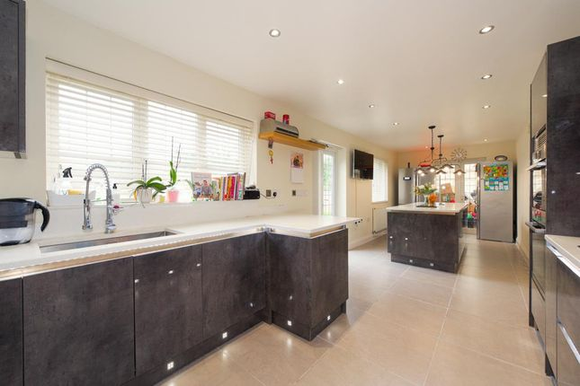 Thumbnail Detached house for sale in Church Lane, Coulsdon