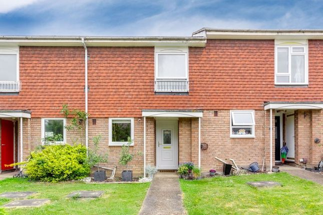 Terraced house for sale in Southwood Close, Worcester Park