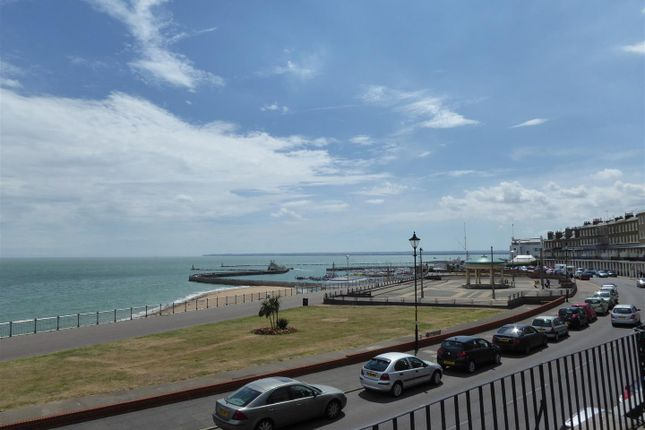 1 bed flat to rent in Wellington Crescent, Ramsgate CT11