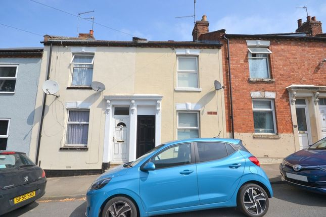 3 bed terraced house to rent in Lower Priory Street, Northampton NN1