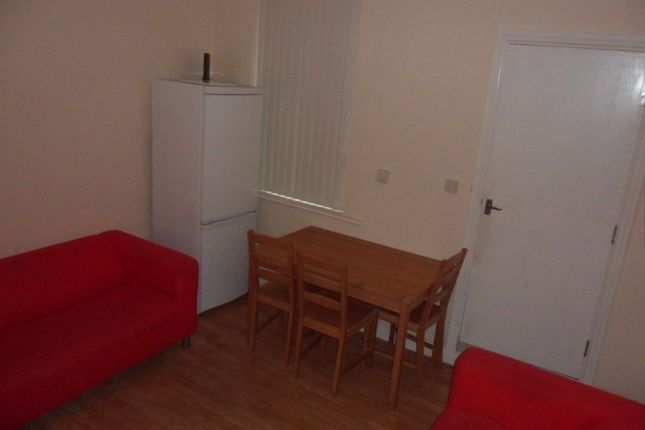 Thumbnail Terraced house to rent in Carmelite Road, Stoke