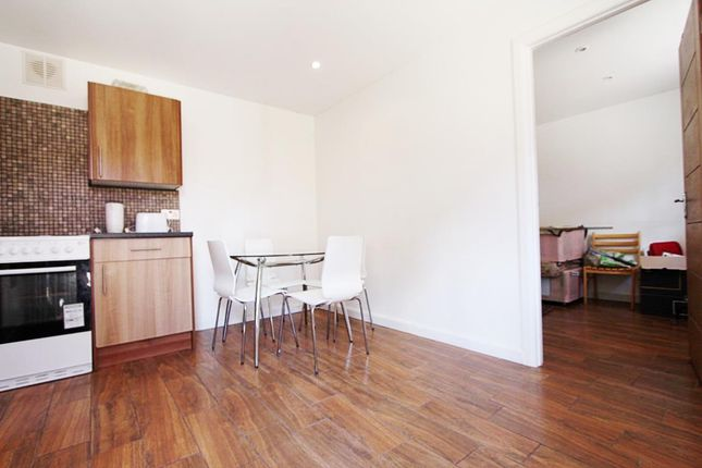 Thumbnail Flat for sale in Brookfield Road, Edmonton