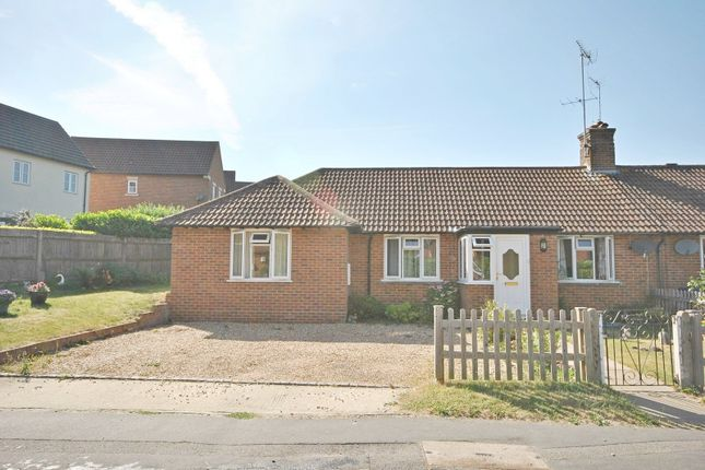 Thumbnail Terraced bungalow to rent in Weycombe Road, Haslemere