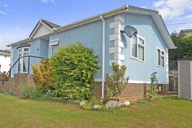 Mobile Park Home For Sale In Riverside East Farleigh Maidstone Kent