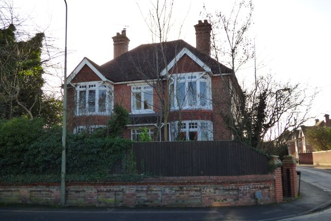 4 bed detached house for sale in Charlton Road, Wantage