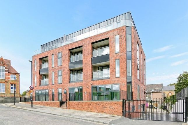 Thumbnail Flat to rent in Flat, Atar House, Ilderton Road, London