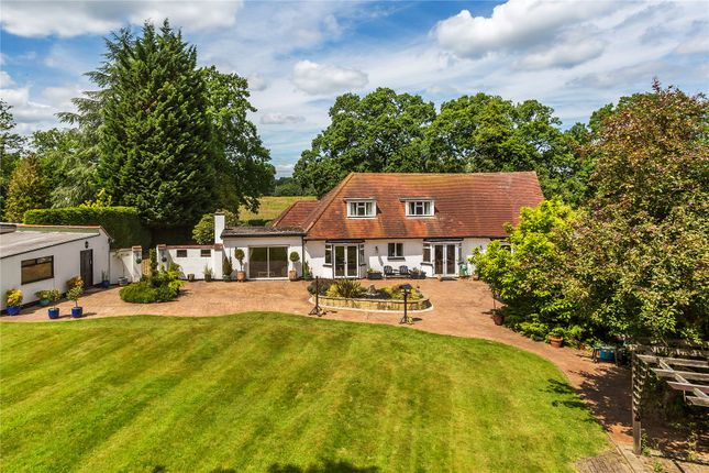 Lyne Chertsey Surrey Kt16 3 Bedroom Detached House For Sale 41143800 Primelocation