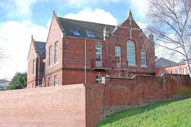 Thumbnail Flat to rent in Preston Street, Exeter