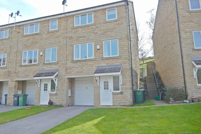 Thumbnail Terraced house to rent in Perseverance Place, Holmfirth
