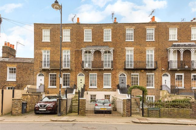Thumbnail Terraced house for sale in Kings Road, Windsor, Berkshire