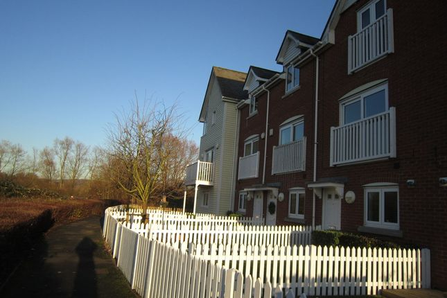 Thumbnail Town house to rent in Lake Walk, Larkfield, Aylesford