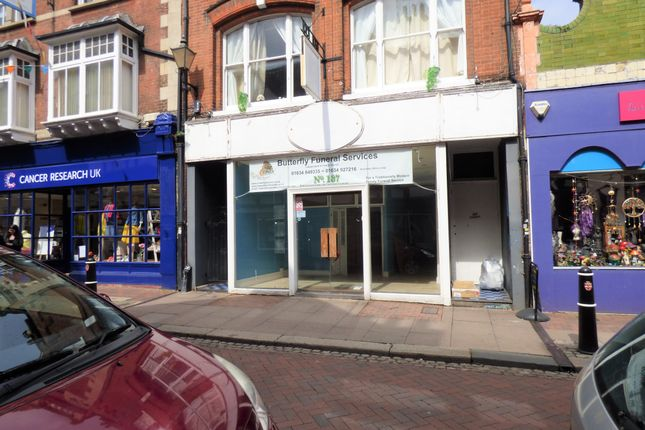 High Street Rochester Me1 Retail Premises To Let