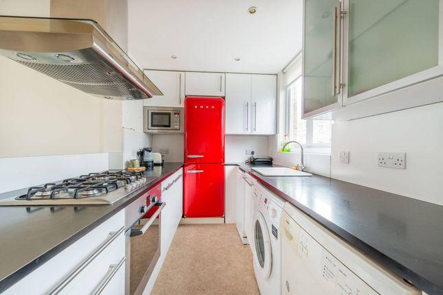 Thumbnail Flat to rent in Powis Square, Portobello