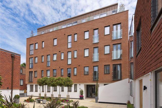 1 bed flat to rent in Scholars Court, Chertsey Street, Guildford, Surrey GU1