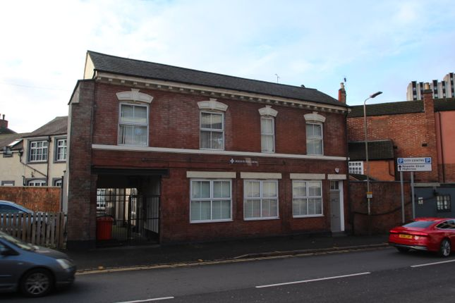 Thumbnail Flat to rent in Regent Road, Leicester