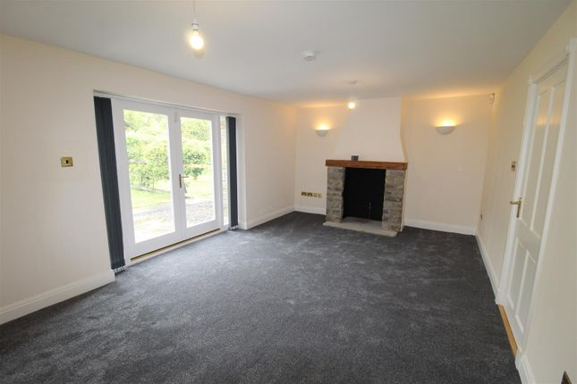 Thumbnail Town house to rent in College Farm, Stoney Brow, Roby Mill, Skelmersdale
