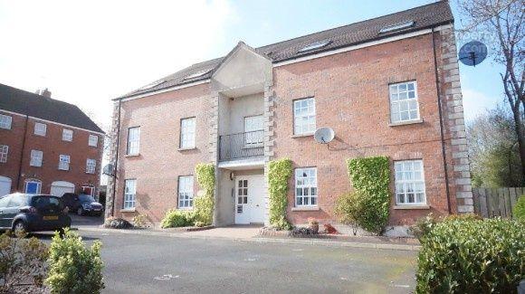 Thumbnail Flat to rent in Village Green, Moira, Craigavon