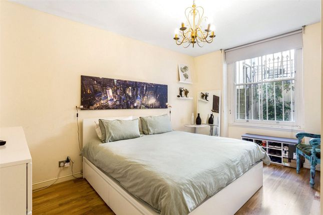 Double Bedroom of Colville Square, Notting Hill W11