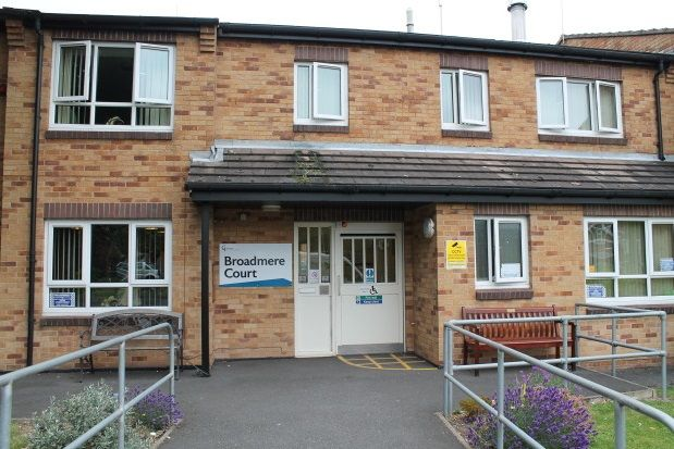 Thumbnail Flat to rent in Broadmere Court, Arnold, Nottingham