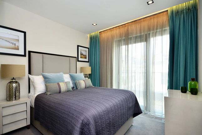 Thumbnail Flat to rent in Babmaes Street, St James's