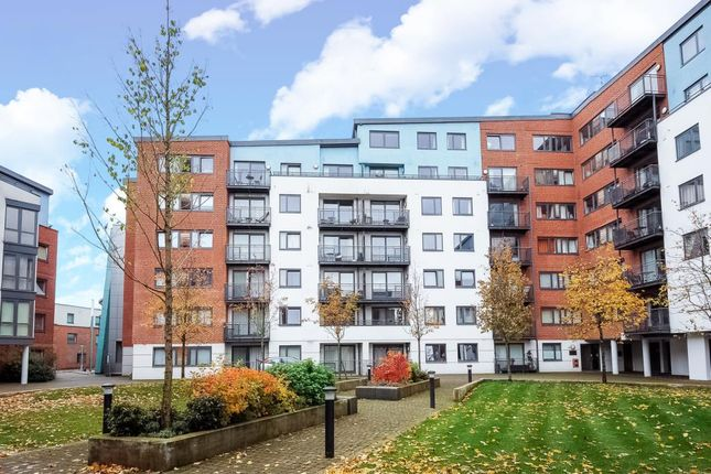 Thumbnail Flat to rent in Camberley, Surrey