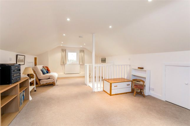 Bedroom of Abbots Road, Abbots Langley, Hertfordshire WD5