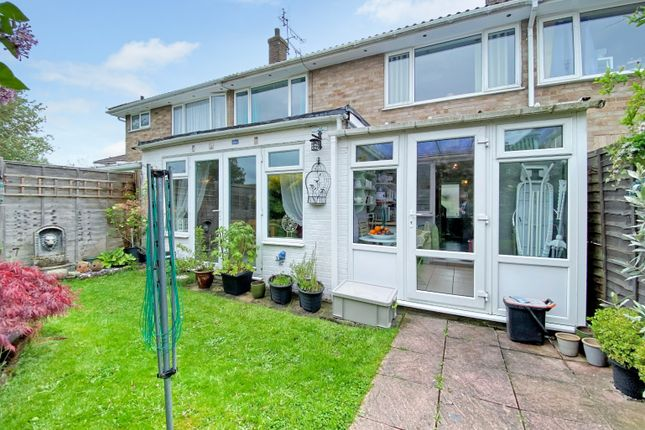 3 bed terraced house for sale in Robins Close, Lenham, Near Maidstone, Kent ME17