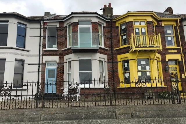 Thumbnail Property to rent in Beach Houses, Royal Crescent, Margate