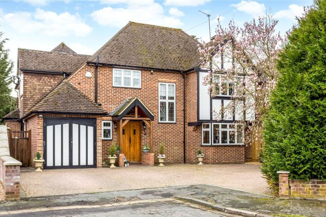 Thumbnail Detached house for sale in Hamilton Gardens, Burnham, Buckinghamshire