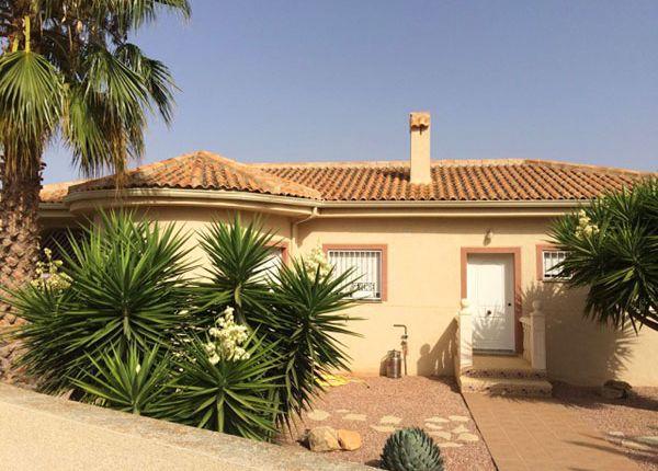 3 bed villa for sale in La Montanosa, Hondón De Las Nieves, Alicante, Valencia, Spain