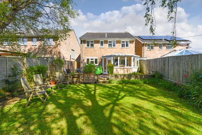 Thumbnail Detached house for sale in Beechings, Henfield