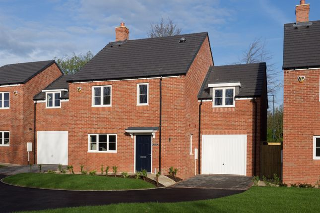 Thumbnail Detached house for sale in The Old Orchard, Lowes Lane, Wellesbourne, Warwick