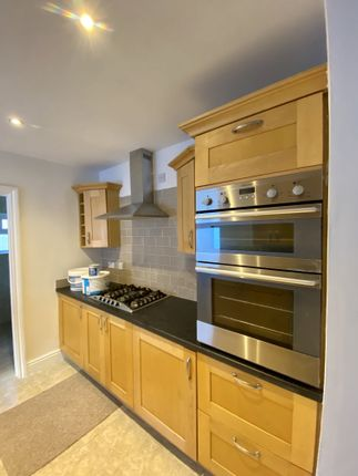 3 bed terraced house to rent in Eileen Place, Treherbert, Treorchy CF42
