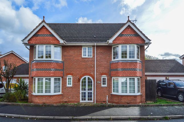 Thumbnail Detached house to rent in Hoveton Close, Redditch