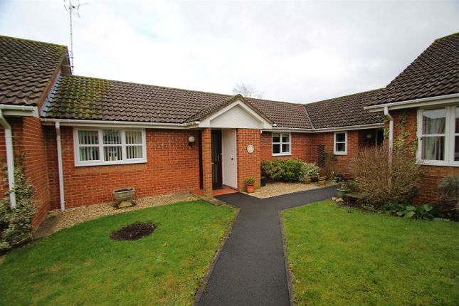 2 bed terraced bungalow for sale in Batten Court, Chipping Sodbury, South Gloucestershire