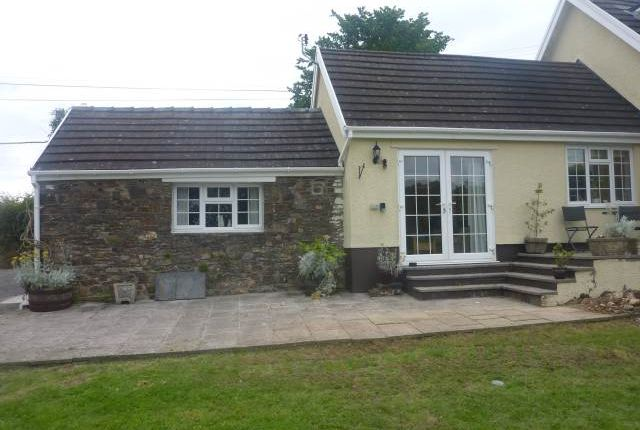 Thumbnail Cottage to rent in St. Clears, Carmarthen