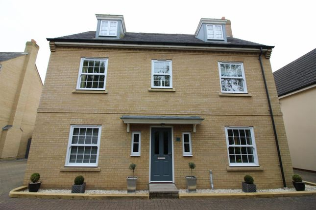 Thumbnail Detached house for sale in Upgate, Long Stratton, Norwich