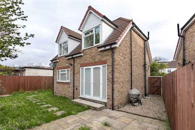 Thumbnail Detached house to rent in Keith Road, Hayes
