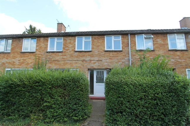Thumbnail Terraced house for sale in Cherry Way, Hatfield