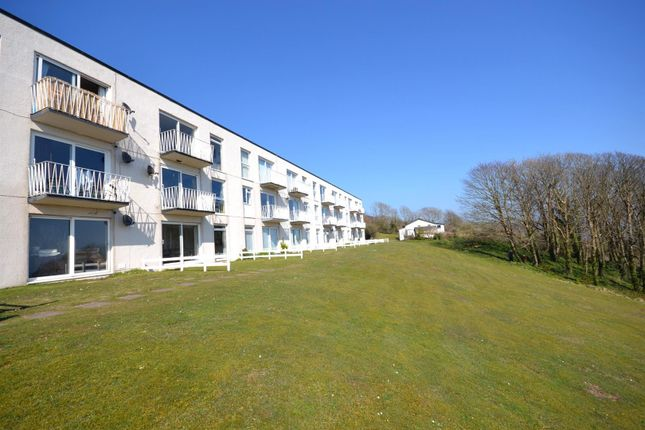 2 bed flat for sale in Devon Court, Freshwater East, Pembroke