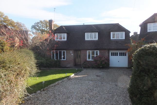 Thumbnail Detached house for sale in Backwoods Close, Lindfield, Haywards Heath