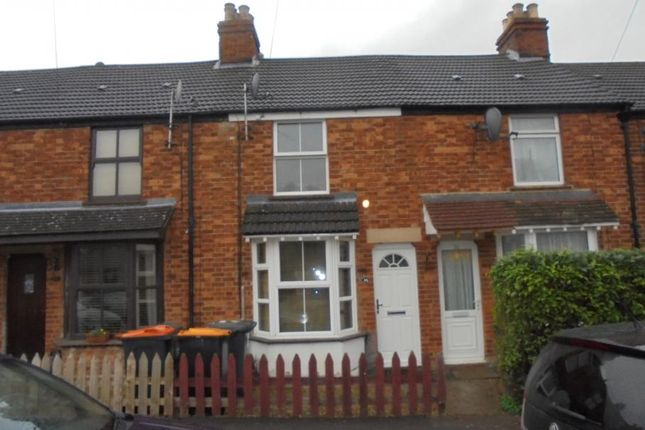 2 bed terraced house to rent in Silverdale Street, Kempston, Bedford