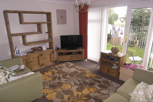 Thumbnail Flat to rent in Grangeside Avenue, Hull