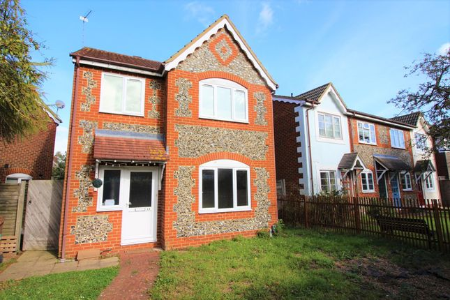 Thumbnail Detached house for sale in Birchwood Avenue, Hatfield