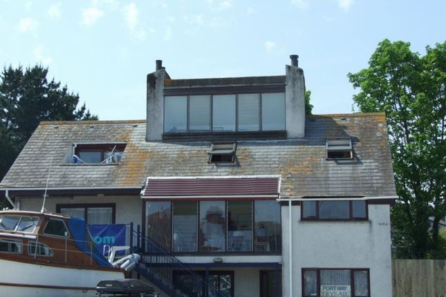Thumbnail Flat to rent in North Parade, Falmouth