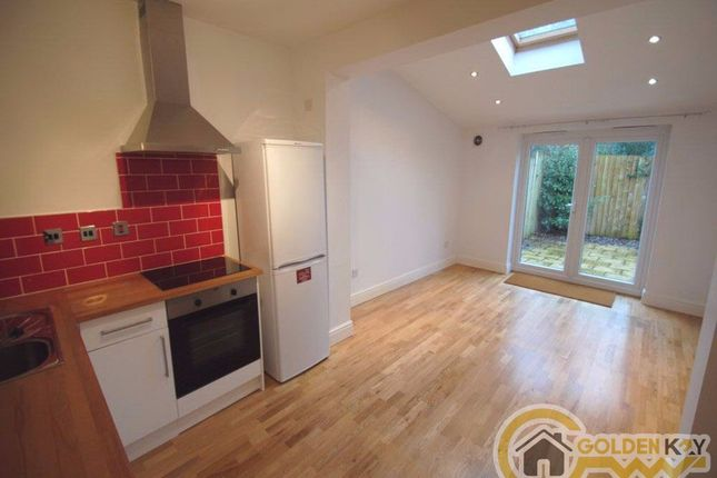 Thumbnail Flat to rent in Cornwall Avenue, Finchley