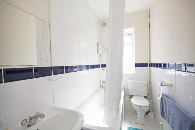 Bathroom of The Lindens, Friern Park, North Finchley N12